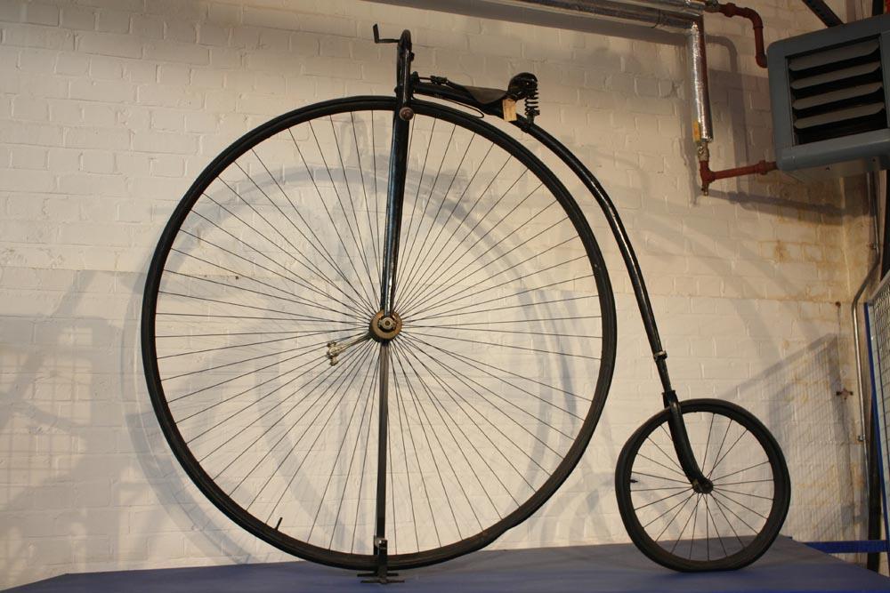 Bicicleta de James Starley llamada Penny Farthing