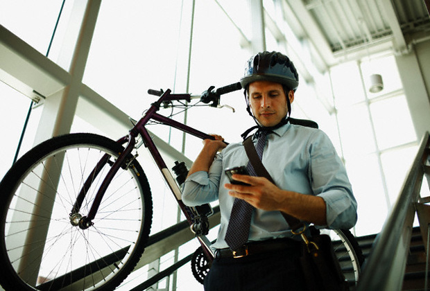 Bicihome trabajador en bici 2