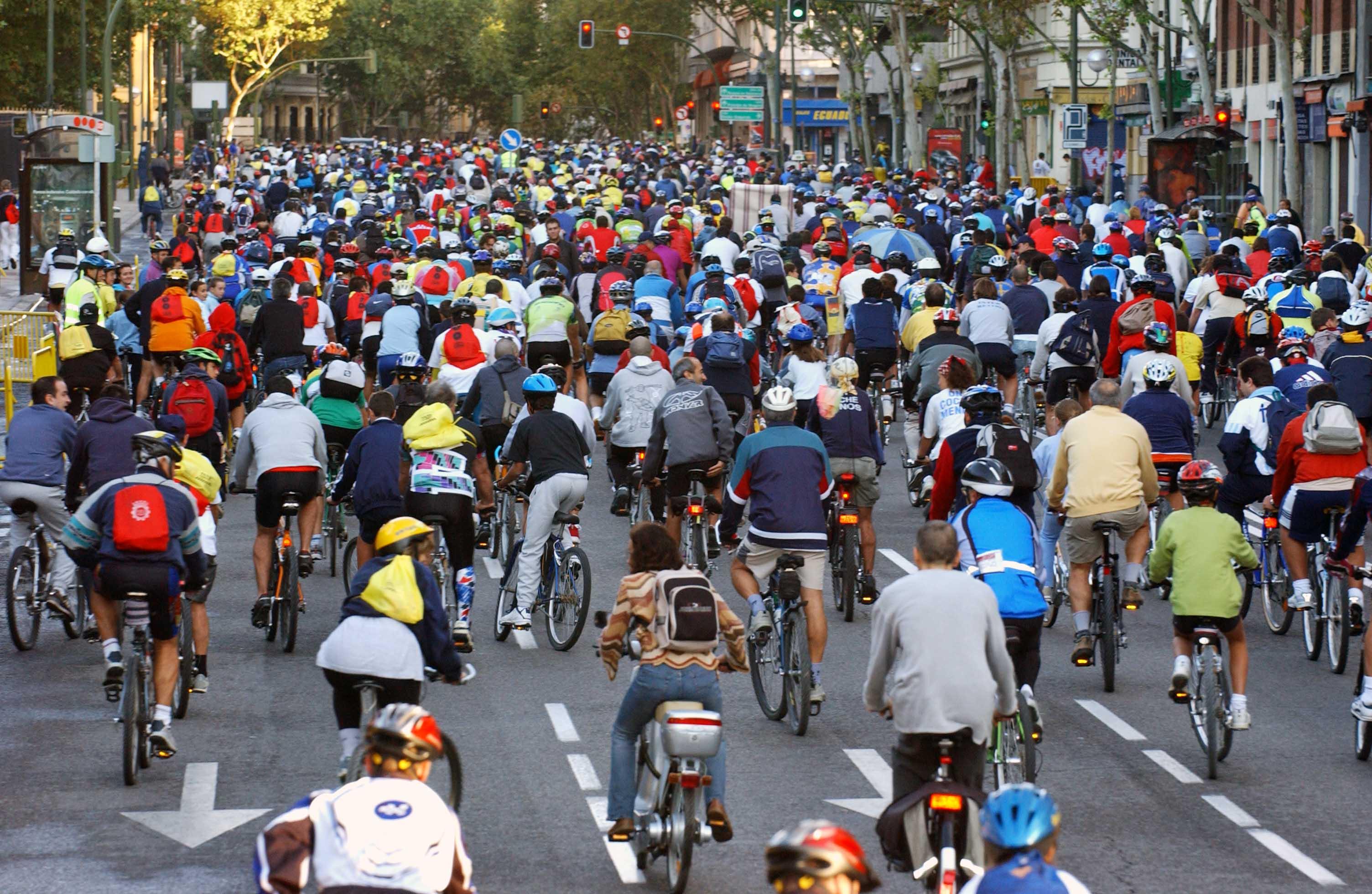 Bicihome montar en bicicleta